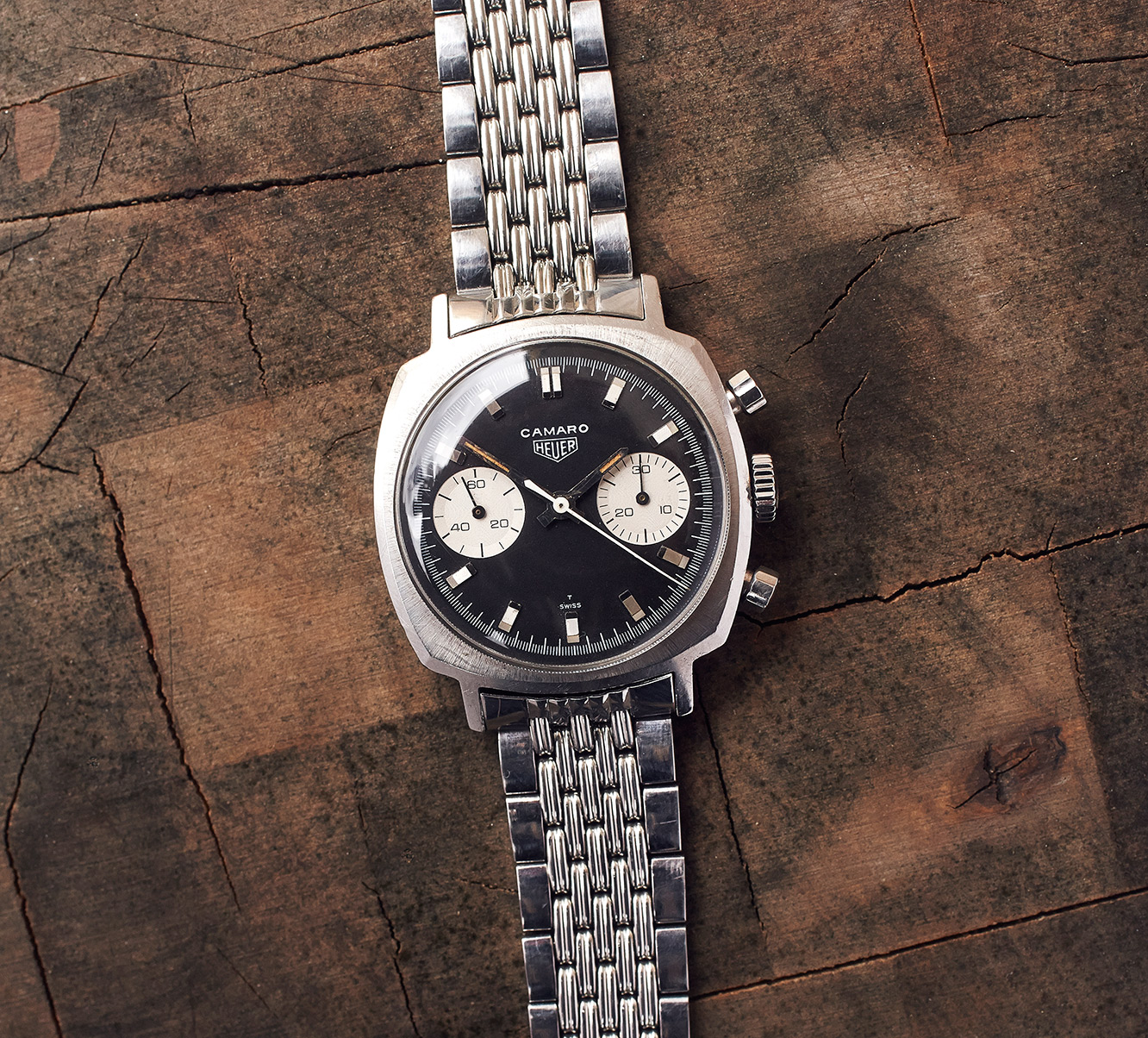 "Heuer Camaro 7743 ""Inverted Panda"""