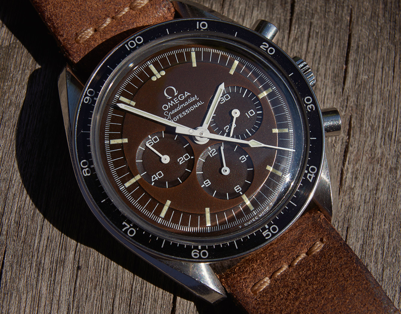 Omega Speedmaster tropical 145022-69