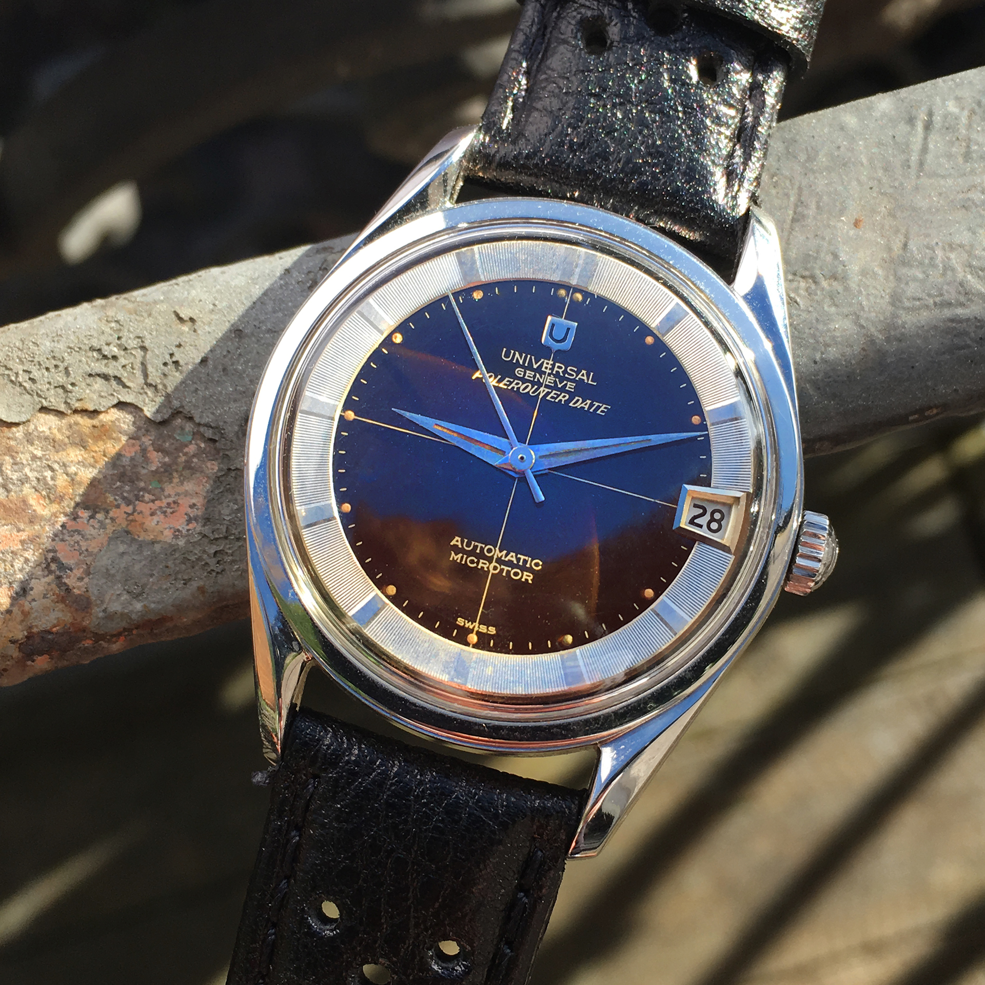 tropical Universal Geneve Polerouter
